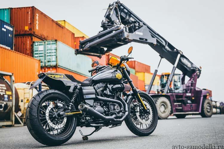 Кастом Harley-Davidson Dyna
