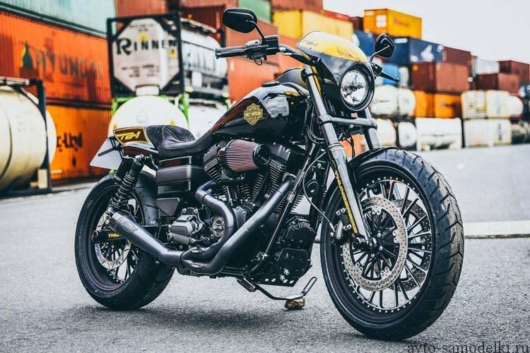 Кастом Harley-Davidson Dyna RoadRunner.