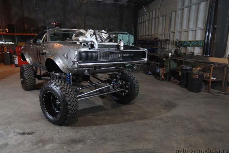 самодельный Внедорожник из Dodge Charger