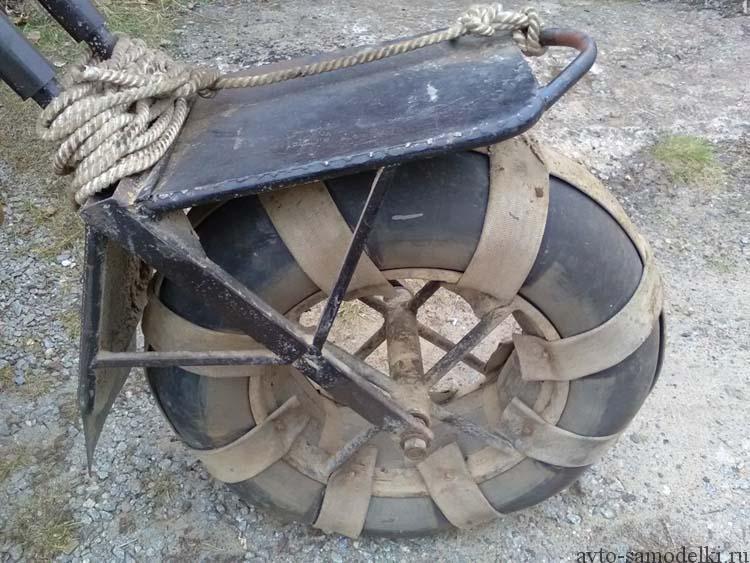 трицикл на шинах низкого давления