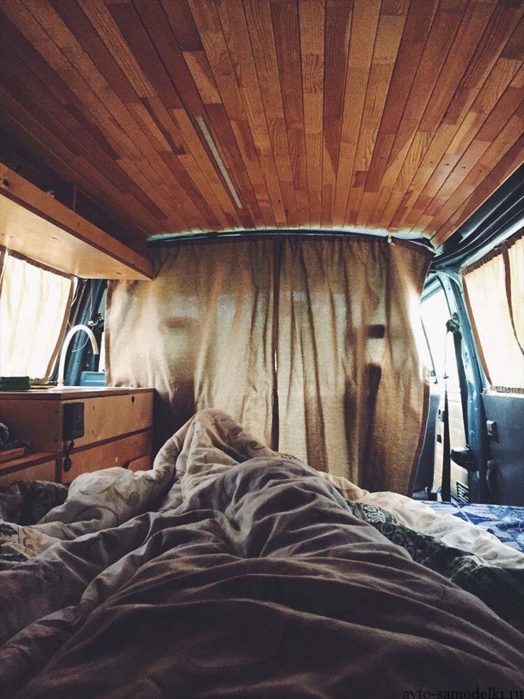 Кровать в транспортер т4 как отрегулировать замок двери на фольксваген транспортер