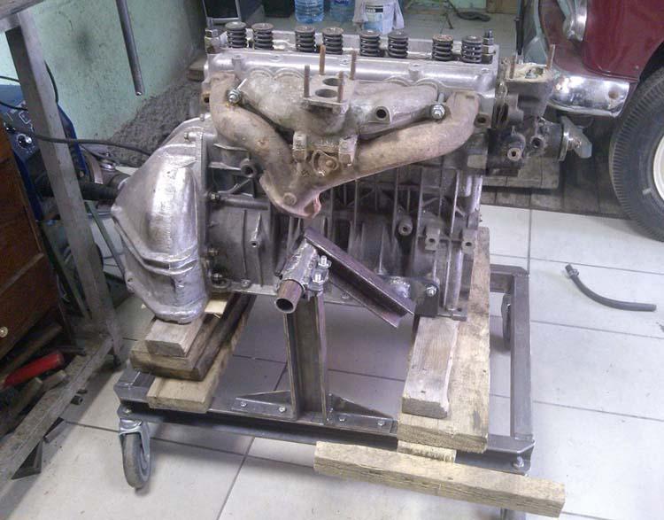 stend dvigatelya 13 - Стойка для ремонта двигателя своими руками