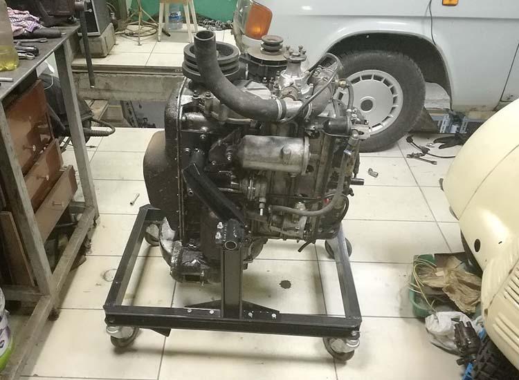 stend dvigatelya 2 - Стойка для ремонта двигателя своими руками