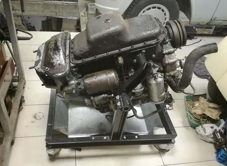 stend dvigatelya 4 - Стойка для ремонта двигателя своими руками