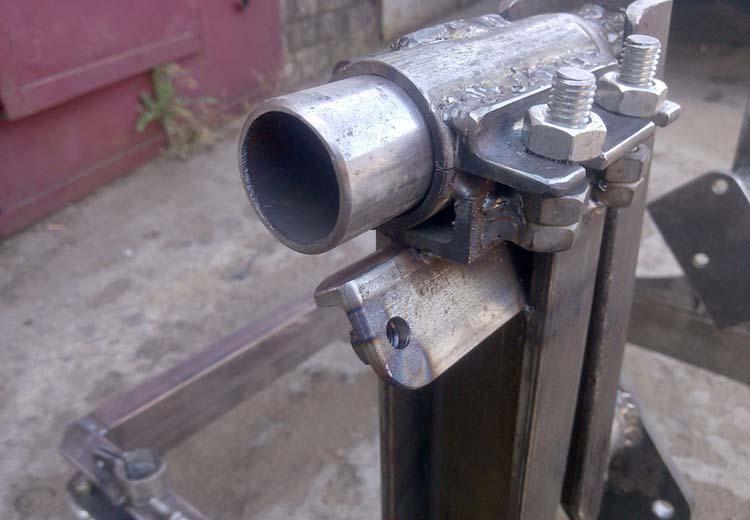 stend dvigatelya 9 - Стойка для ремонта двигателя своими руками