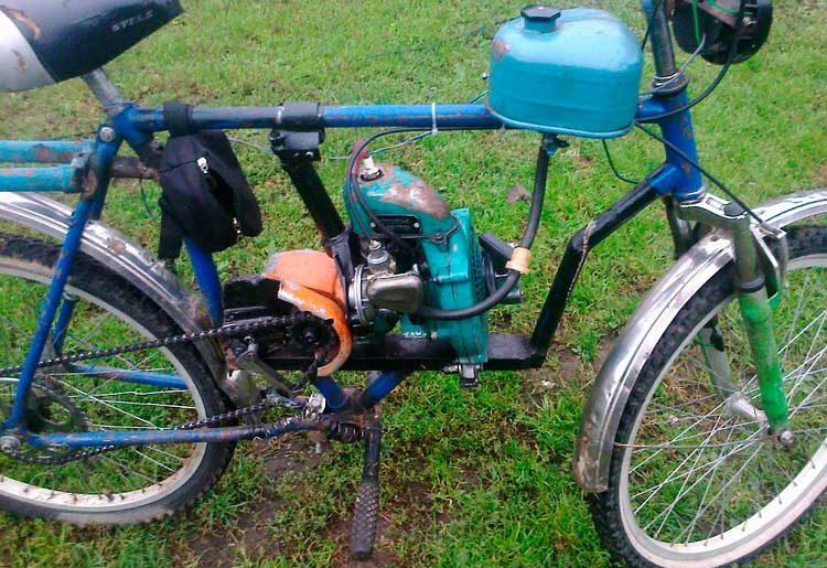 Велосипед с двигателем
